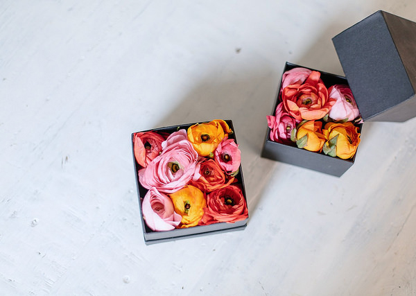 D35-diy-boxed-flowers-apairandasparediy