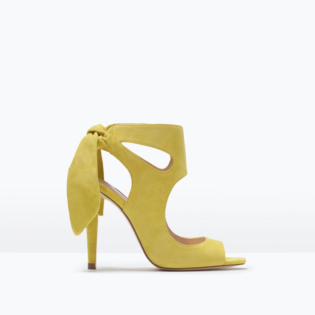 Chaussure A Talon Jaune