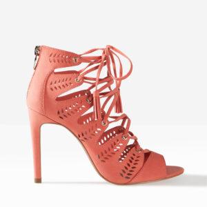 Sandales talon à lacets Stradivarius