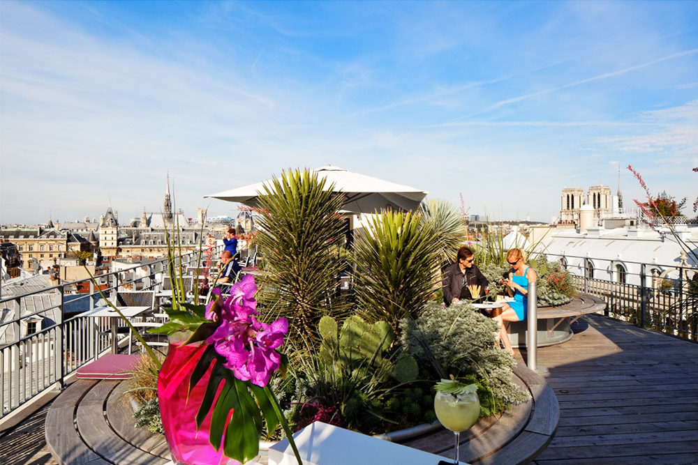 terrasse-Quarante-Trois-cocktail-bar-Paris