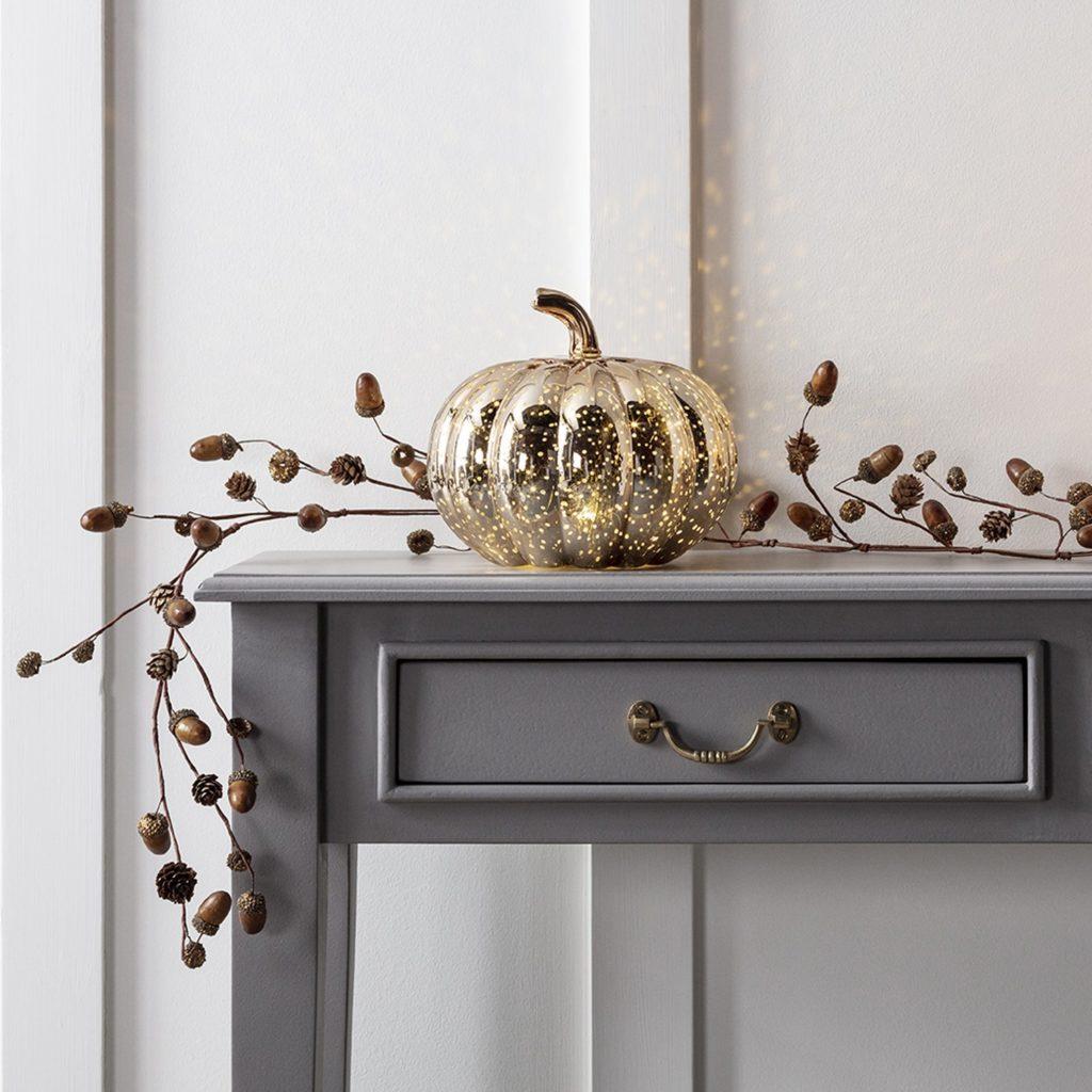 Décoration d'automne - Guirlande de glands